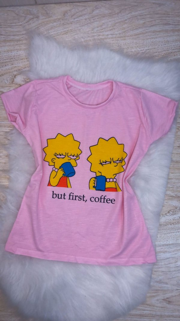 T-SHIRTS FEMININA POLIÉSTER ROSA BUT FIRST, COFFE