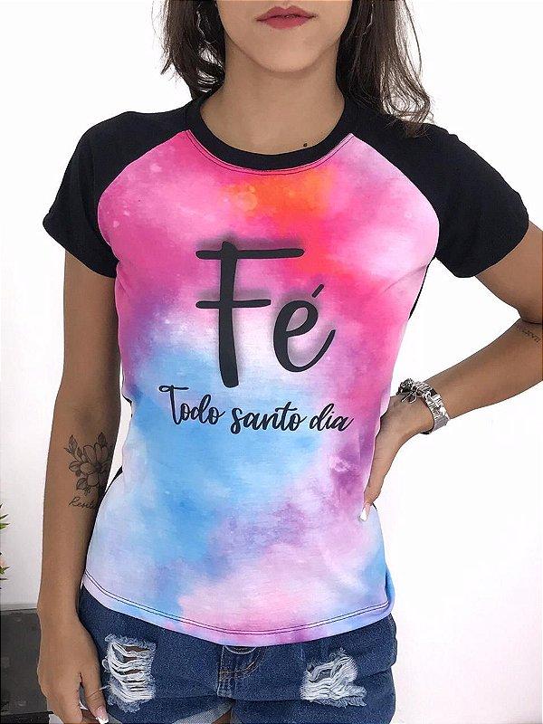 T-SHIRTS FEMININA RAGLAN PRETO FÉ TODO SANTO DIA