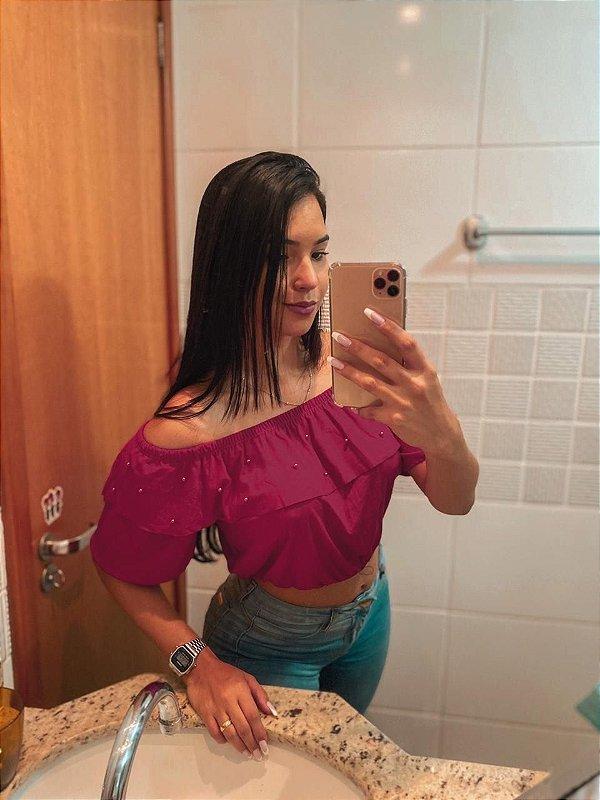 T-SHIRTS CROPPED CIGANINHA COM PÉROLAS MARSALA TAMANHO ÚNICO