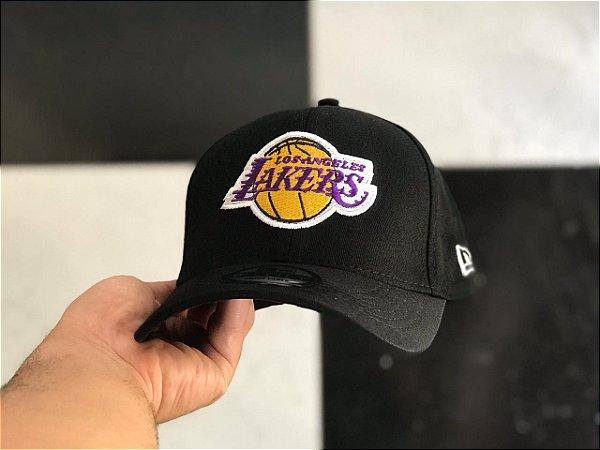 Cap New Era Los Angeles Lakers Black Strapback Aba Curva