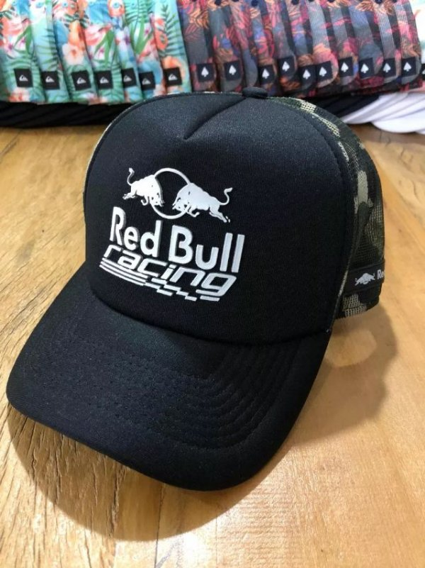Cap Red Bull Racing Black Camo Trucker Aba Curva