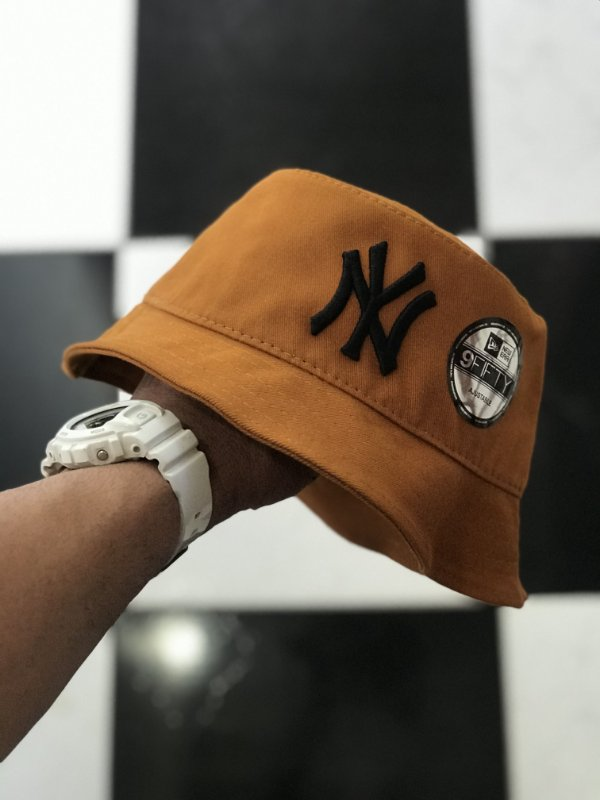 Bucket Hat New Era New York Yankees Caramel