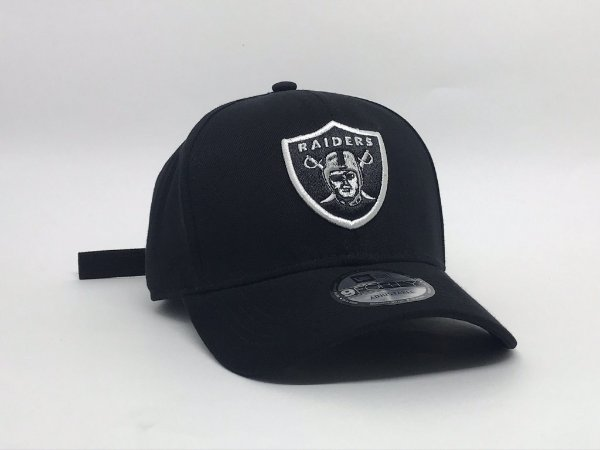 Cap New Era Oakland Raiders Crown Checked Black Strapback Aba Curva