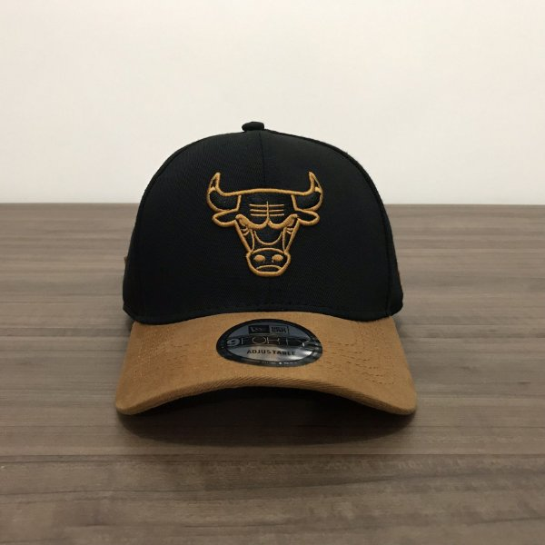 Cap New Era Chicago Bulls Gold Black Strapback Aba Curva