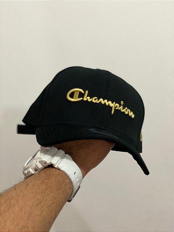 Cap Champion Class Black Gold Strapback Aba Curva