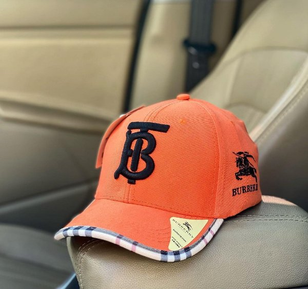 Cap Burberry Brand Orange Black Strapback Aba Curva