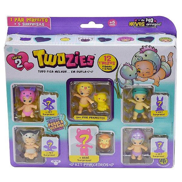 Twozies Kit com 12 itens - Sophie e Slothie - Série 2