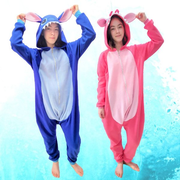 Kit 2 Pijamas Lilo Stitch Azul e Rosa Pink Angel Kigurumi Macacão com Capuz