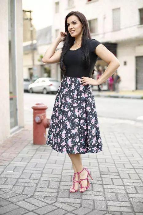 Saia Midi Godê Estampa Mini Rosas Moda Evangélica