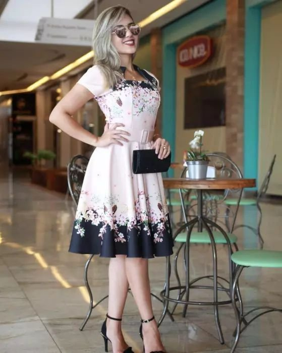 Vestido Midi Luna Floral com Cinto Moda Evangélica