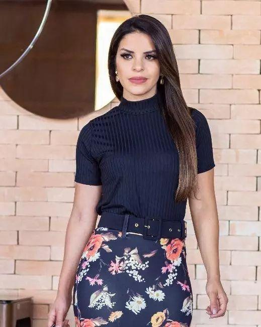 b264d10779 Blusa Jaqueline Malha canelada - Moda Evangélica - Flor de Amêndoa