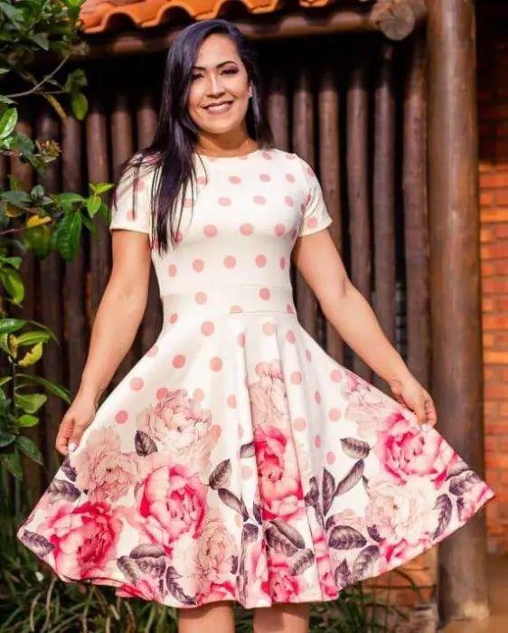 Vestido Godê Lucia Poá e Rosas Moda Evangélica