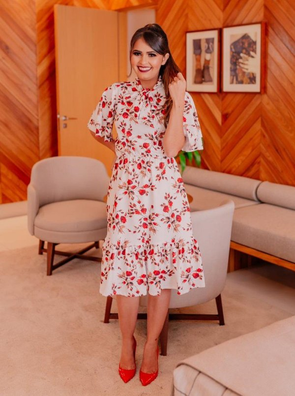 Vestido Midi Godê Evasê Estampa Rosas Vermelhas em Suplex Soft