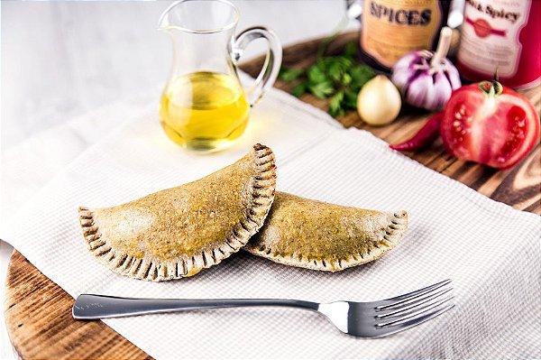 Empanada Integral Grão de Bico - Escarola com Mussarela