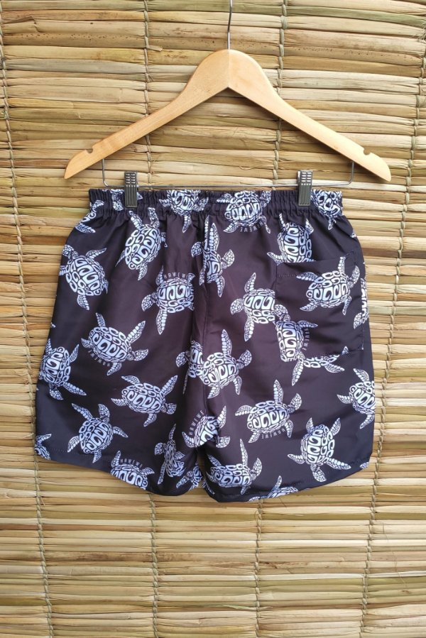 Shorts Masculino Hawewe Tartaruga Maori Preto