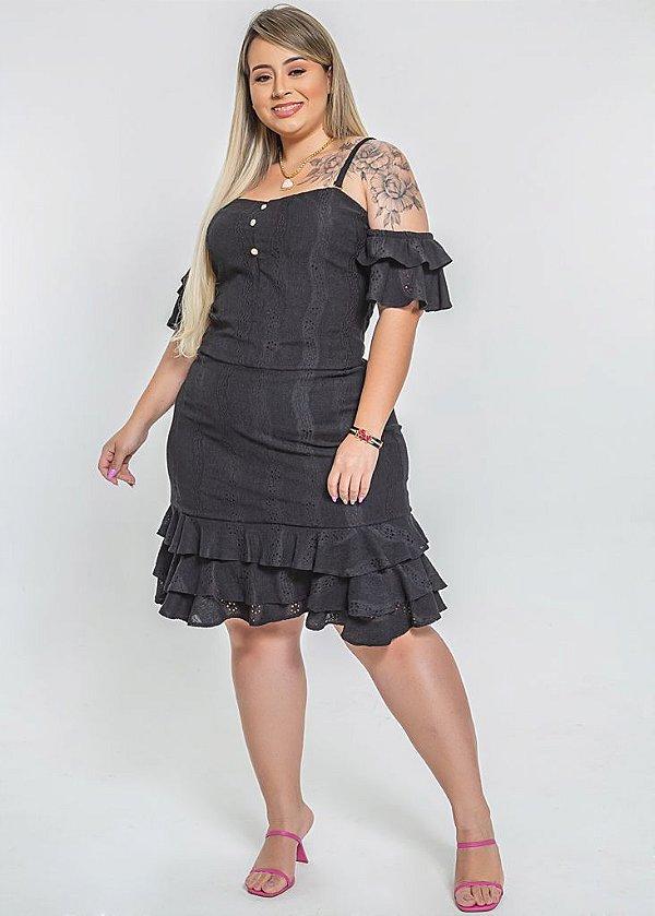 Vestido estilo ciganinha plus size