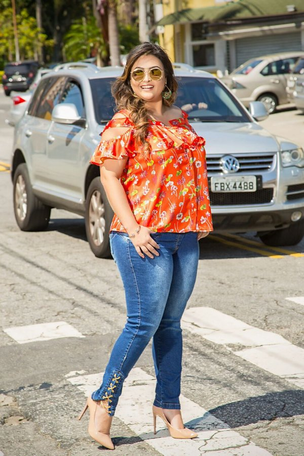 3422d6a82 Calça skinny jeans com elastano - Camilly Plus Size