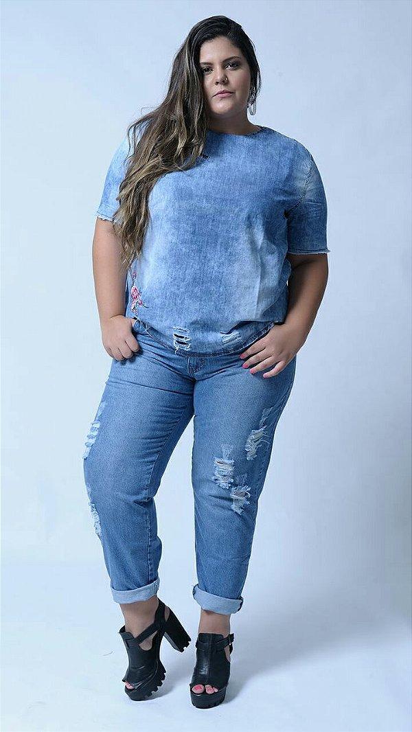 cc5b22caf Calça jeans boyfriend destroyed - Camilly Plus Size
