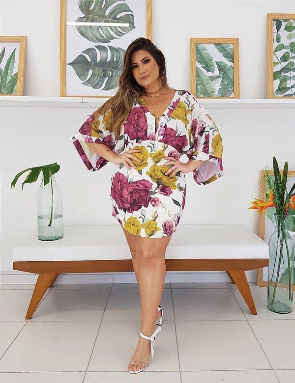 Vestido estilo kimono plus size