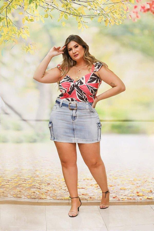 Saia jeans com bolso plus size