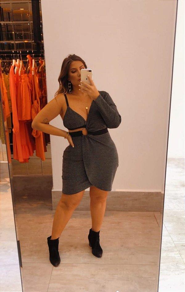Vestido com top plus size