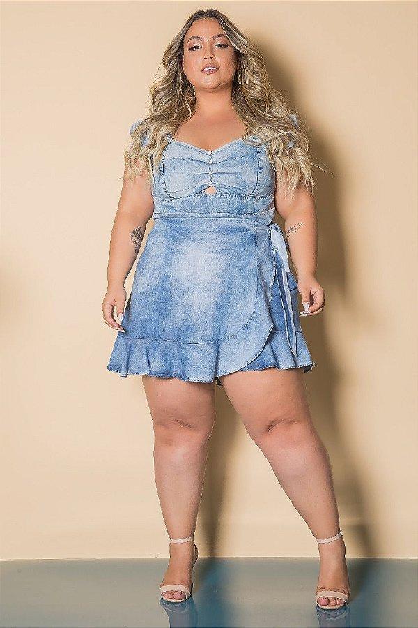 Short saia jeans com amarração lateral