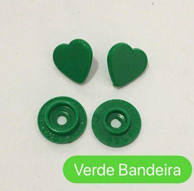 Botão de Pressão Coração Verde Bandeira (pct 10)