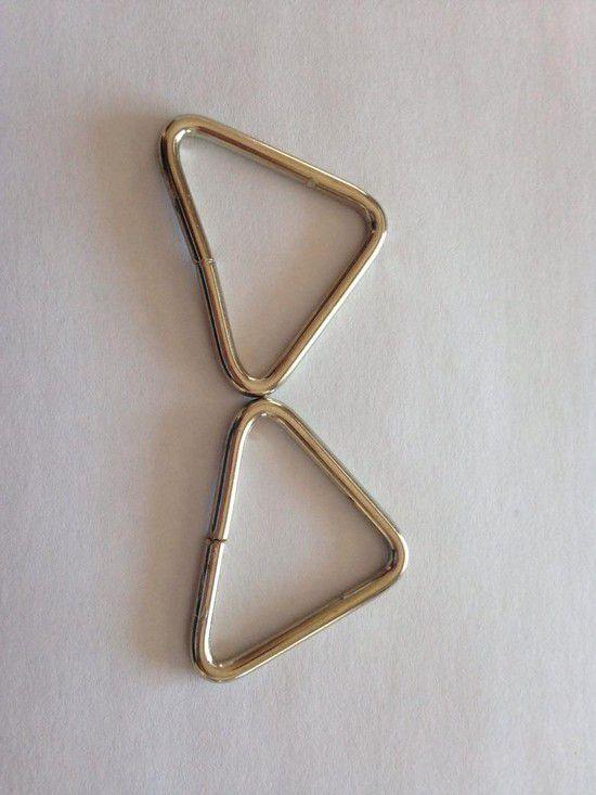 Triângulo Prateado 3cm (2 unidades)