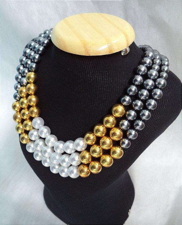 Maxi Colar de Pérolas Acessório Feminino Preto, Dourado e Branco