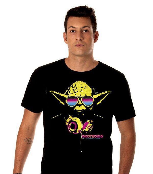 Camiseta Musica Eletrônica Masculina -  MESTRE YODA