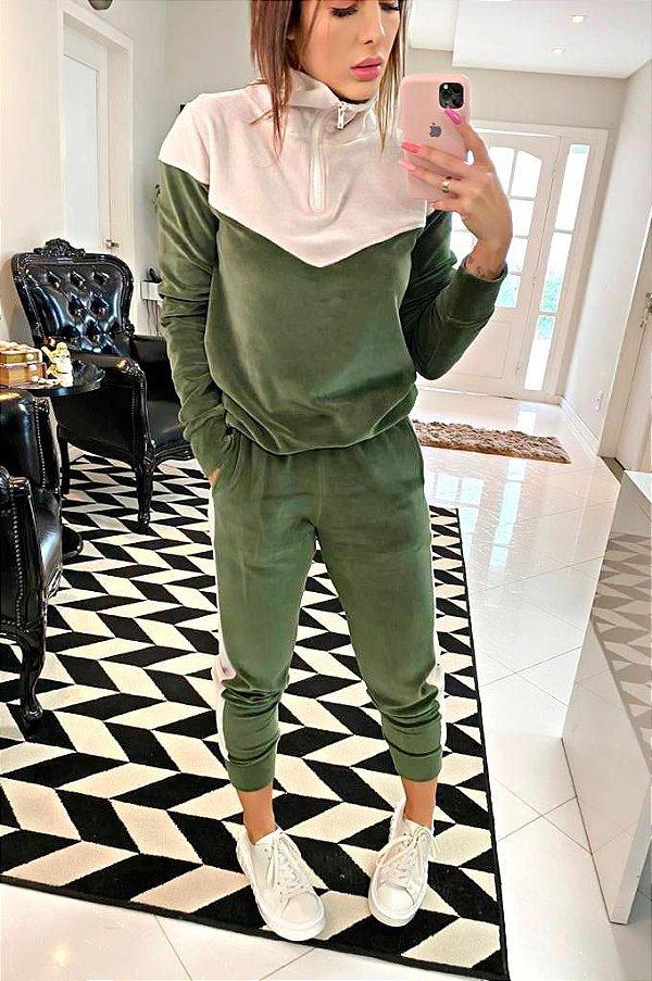 Conjunto Plush Verde