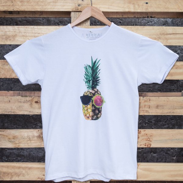 Camiseta Young Pineapple