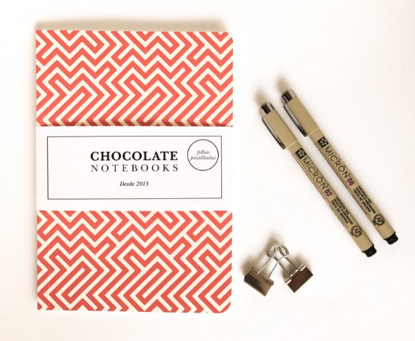 Kit Bujo 3: Chocolate Notebooks Labirinto + Canetas Pigma Micron