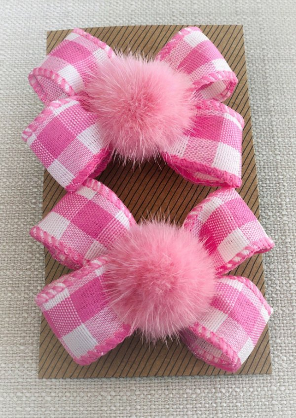 laço  rosa com 2