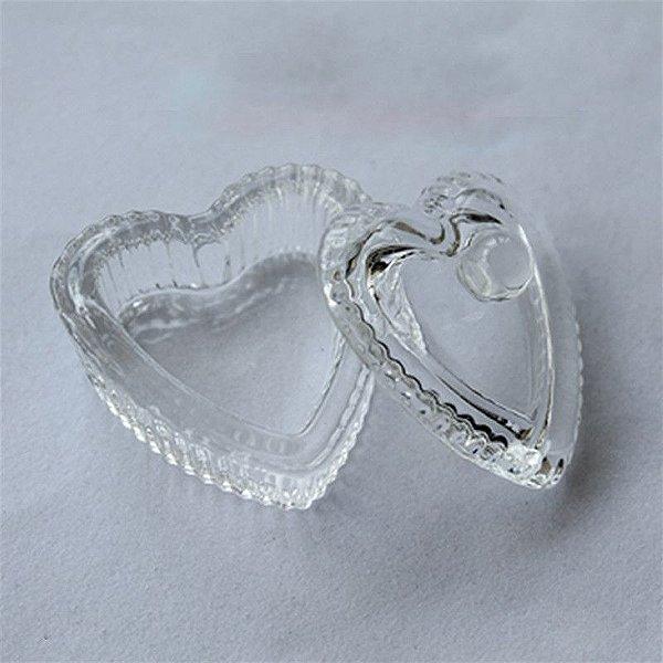 Dappen de vidro formato coração com tampa