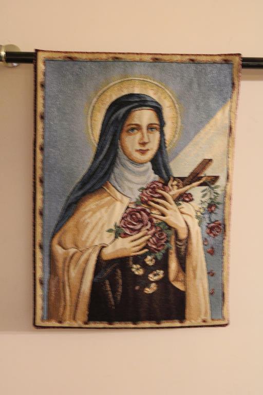 Tapeçaria Santa Terezinha do Menino Jesus