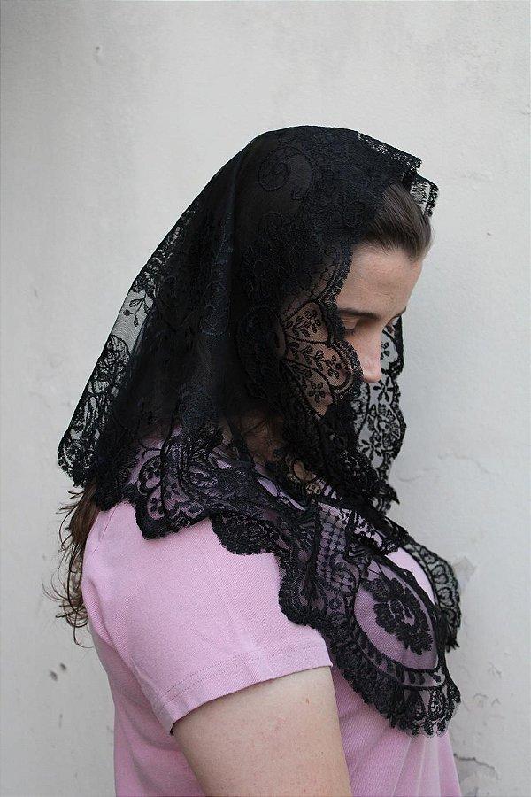 Mantilha Pilar (branca e preta)