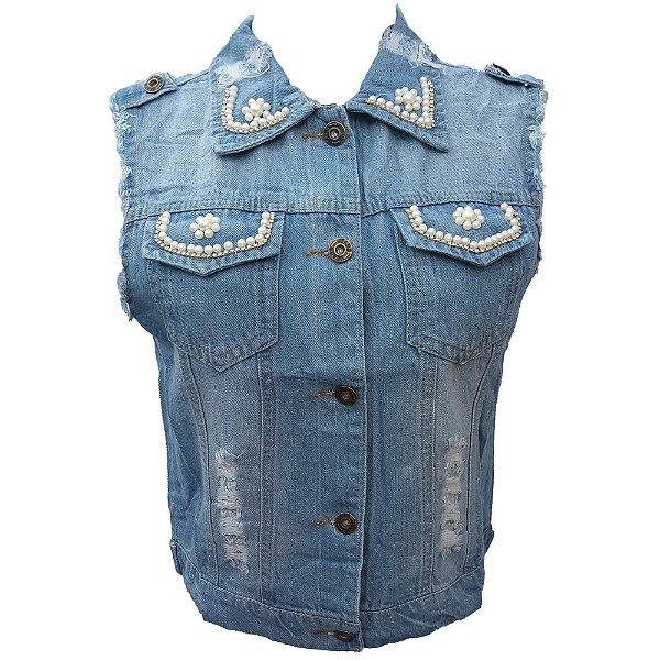 Colete Jeans Feminino Azul Claro Curto Rasgado c  Pérolas e Strass dbe2feedc0409