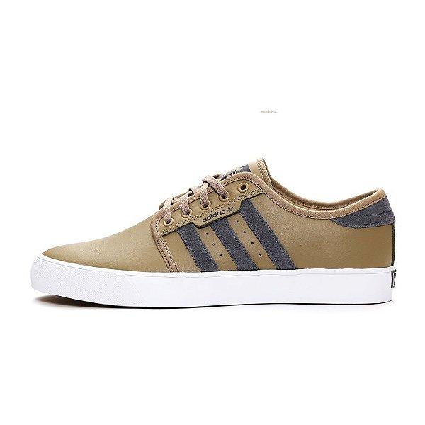Tênis Adidas Seeley
