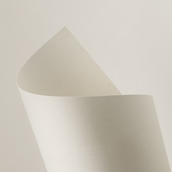 Papel Vergê Plus Madrepérola 120g/m² - 66x96cm
