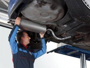 ESCAPAMENTOS troca e regulagem do sistema de emissão de gases (UNIDADE)