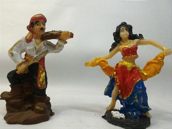 Escultura Casal Cigano Violino Resina 11 Cm Imagem Umbanda