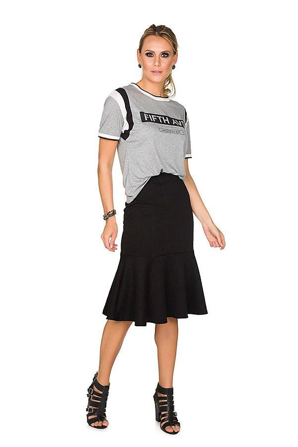 T-shirt Via Costeira em Viscose com Estampa Frontal Feminina