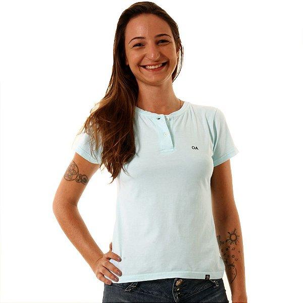 Camiseta Feminina Oitavo Ato Henley Azul Piscina