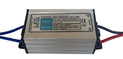Fonte Driver para 4 a 7 LEDs de 1W ou 1 LED 5W Bivolt IP67 K1340