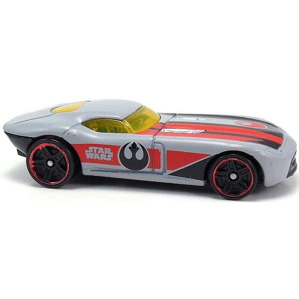 Carrinho Hot Wheels Star Wars Fast Felion