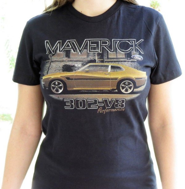 Camiseta Feminina Maverick Lateral Preta