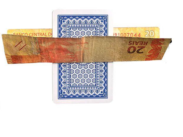Carta que atravessa dinheiro