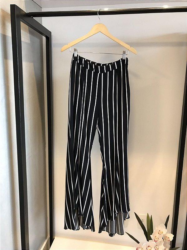 Calça Pantalona Stripes P&B