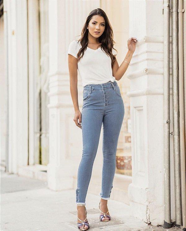 Calça Skinny Jeans Botões